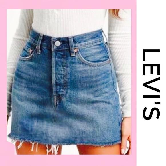 Levi's Dresses & Skirts - LEVI'S Denim Mini Skirt 4